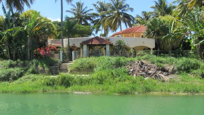 Cabarete area - Islabon Villa with guesthouse directly on the river Yasica Dominican Republic