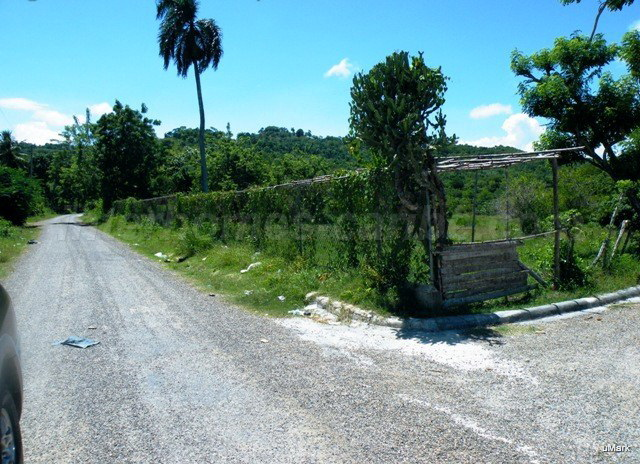Sosua area - Mini Farm of 5 acres, 19,283 m² with a 2 beds house in the Caribbean