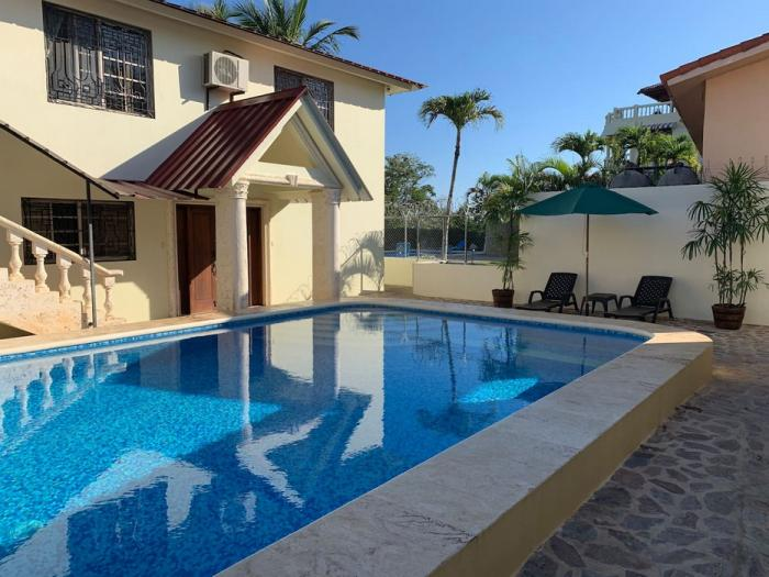 Sosua - 4 beds house with 2 apartments on 2 floors Dominican Republic