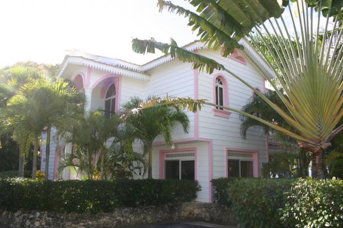Sosua : Beachfront villa in gated comminity Sosua Special Deals